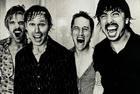 Foo Fighters с кавър на  The Rolling Stones – виж