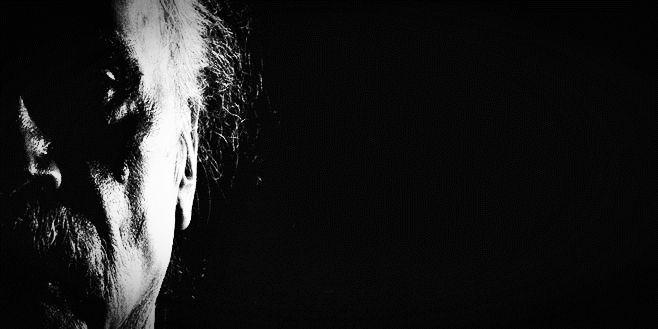 Джон Карпентър с музикален албум: Страхът вече влиза през ушите