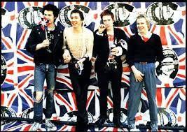 """""""God Save The Queen"""", Род Стюарт и по-грозният басист"""