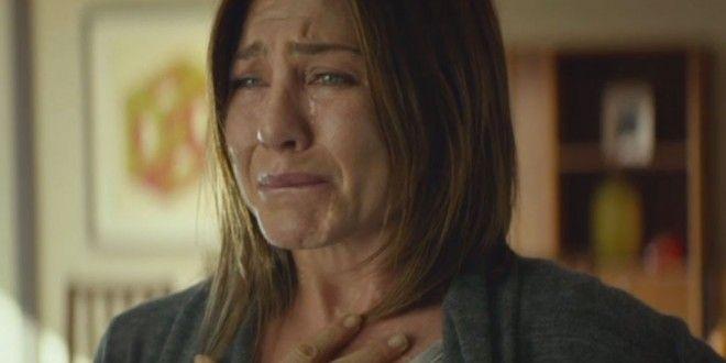Понякога и Дженифър Анистън плаче*