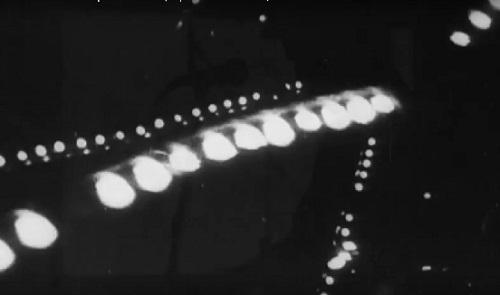 Saturated Pixels с първо live видео: Space Caravan