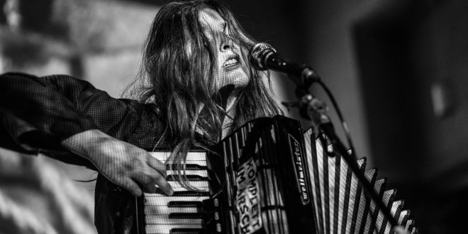 Alicia Edelweiss се завръща в София година по-късно, за да представи новия си албум