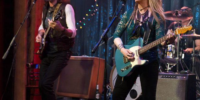 """""""Ricki and the Flash"""": Истинските рок звезди бачкат в супермаркети"""