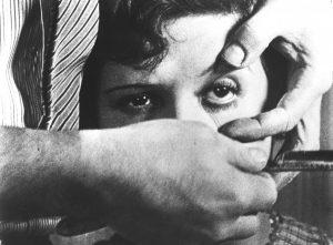 """Кадър от """"Андалуското куче"""" (1929), реж. Луис Бунюел"""