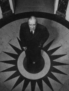 Борхес 1968, Уикипедия